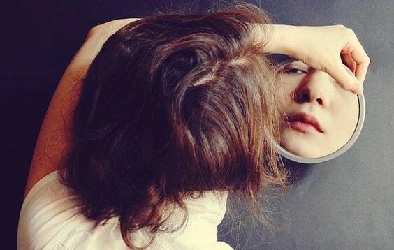 Piilevän surun merkit, joista sinun tulisi tietää