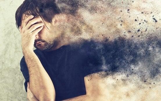 psyykkinen ahdinko murtaa miehen