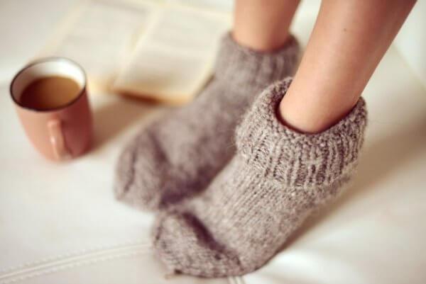 ahdistuksen 5 ensimmäistä oiretta: kylmät jalat