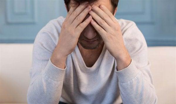 miehellä kenties jatkuva masennus eli dystymia