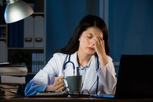 Kuinka yötyö vaikuttaa terveyteen?