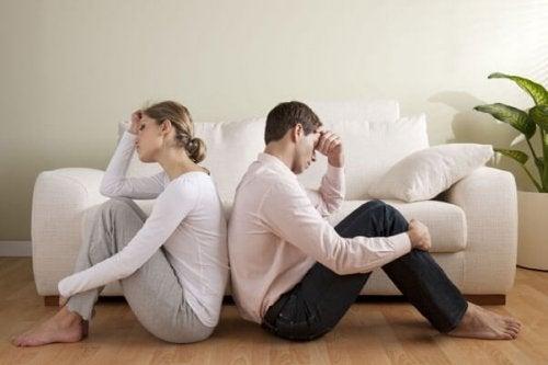 3 tekijää, jotka tappavat romanttisen rakkauden