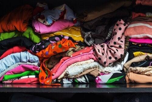 hamstraushäiriö: liikaa vaatteita