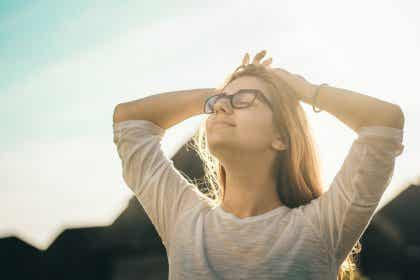 3 psyykkistä harjoitusta, jotka tekevät onnellisemmaksi