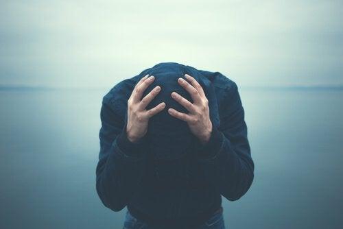 kannabis voi aiheuttaa vakavia mielenterveyshäiriöitä