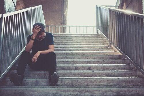 kannabis voi aiheuttaa masennusta
