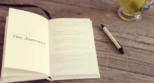 päiväkirja ja kynä