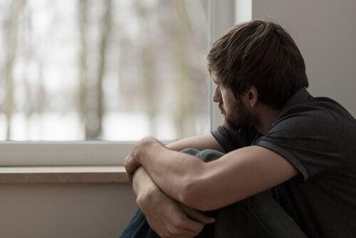 ensisijainen haava vaikuttaa aikuisenakin