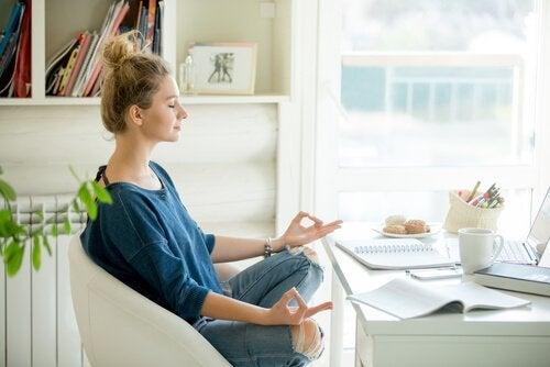 meditaatioharjoituksia kotona