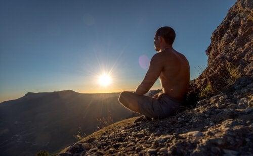 meditaatioharjoituksia ulkona