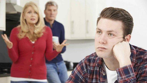 taloudellinen riippuvuus perheessä
