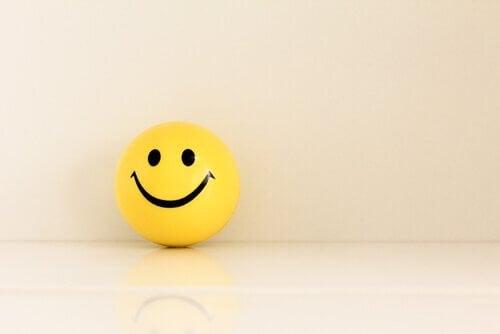 Käytä positiivista kieltä muuttaaksesi elämänkatsomustasi