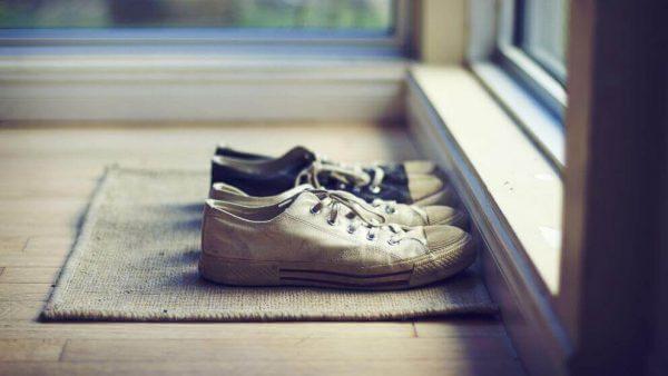 elämän yksinkertaistaminen: jätä kengät eteiseen