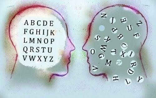 järjestelemättömät ja järjestellyt ajatukset: tiedostamattoman ilmentyminen
