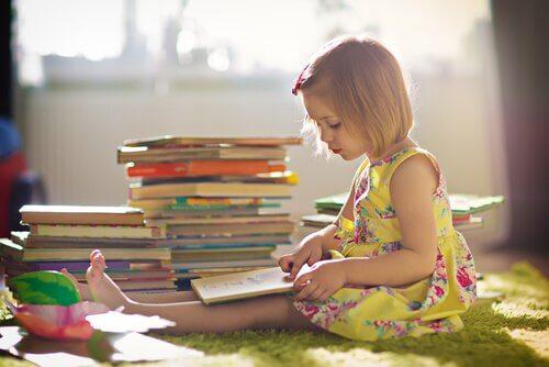 5 kirjaa itseensä uskovien lasten kasvattamiseen