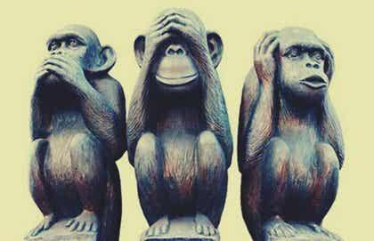 Kolmen viisaan apinan vertauskuva, joka auttaa elämään onnellista elämää