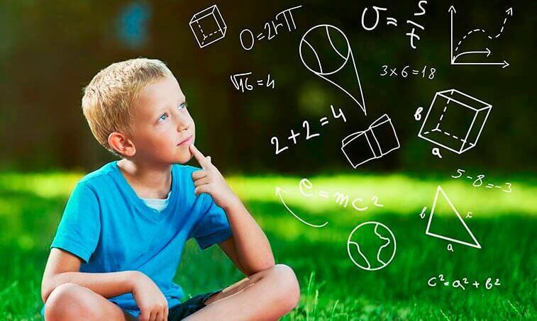 Intuitiiviset teoriat vastaan kouluopetus