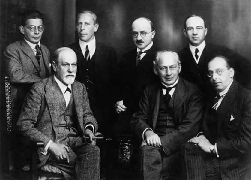 Psykoanalyysikoulukunnat ja niiden tutkijat Freudin jälkeen