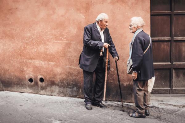aktiivinen ikääntyminen tarkoittaa sosiaalista elämää