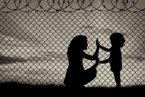 Pakolaisten draama: ei-kenenkään-maalla