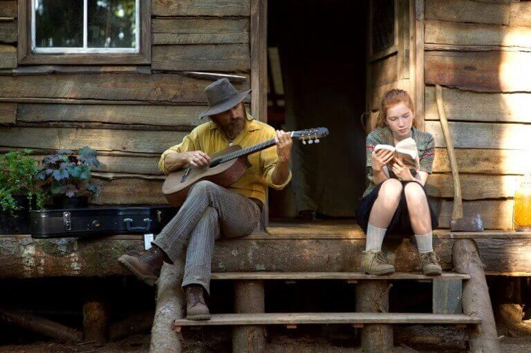 kohtaus elokuvasta Captain Fantastic: isä ja tytär