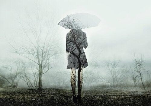 Elämän jatkamisen haastavuus trauman jälkeen