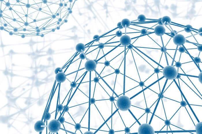 neuronit yhdistyneinä