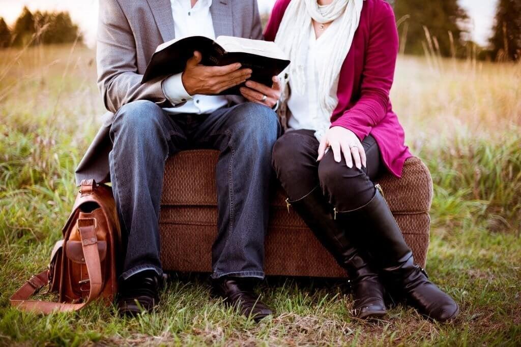 miten haluamme puhua rakkaudesta, lukea rakkaudesta