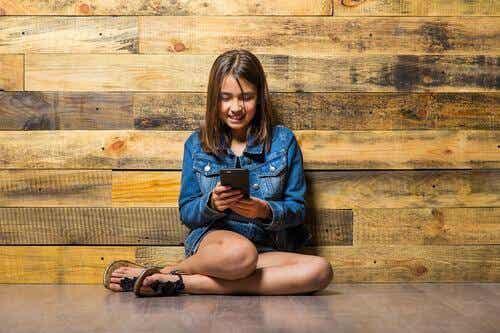 Kuinka saada lapset käyttämään teknologiaa vastuullisesti?