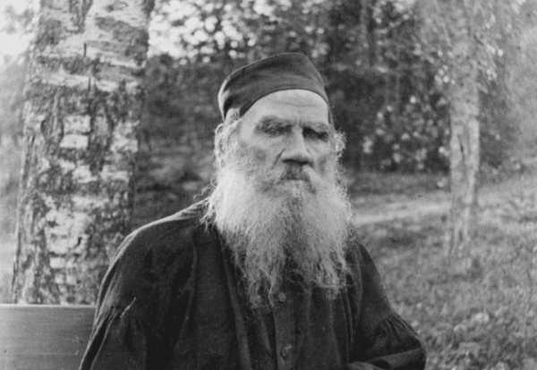 Venäläinen kirjailija Leo Tolstoi