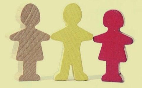 transaktioanalyysi auttaa pääsemään yhteyteen ihmisten kanssa