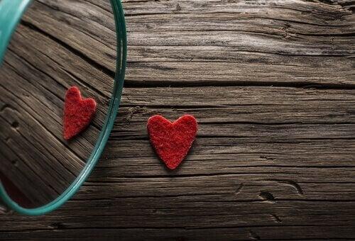 sydän ja peili