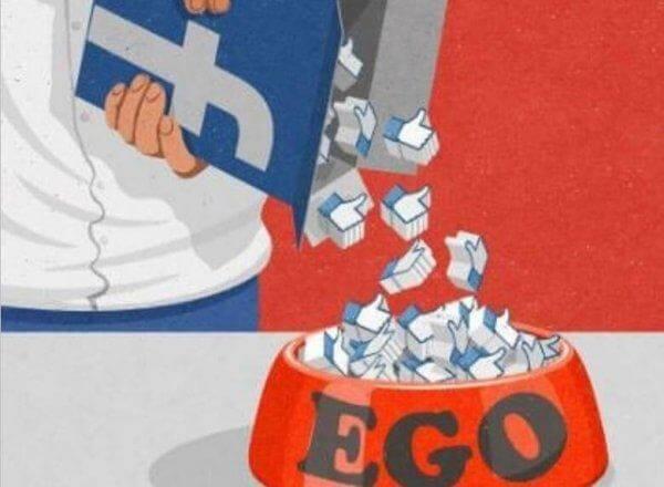Facebook ruokkii egoa