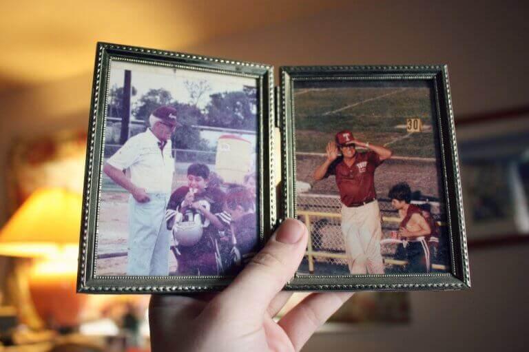 valokuvat pojasta ja isoisästä