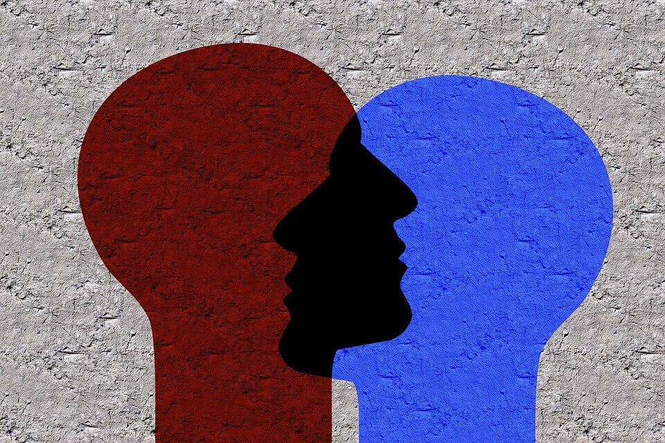 Sosiaalinen identiteetti: miksi tunnemme tarvetta kuulua johonkin
