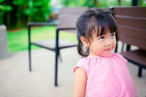 Häirintämenetelmä juurruttaa lapsiin kurinalaisuutta