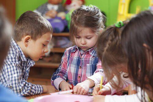 Montessorimenetelmä ja sen vaikutus tänä päivänä