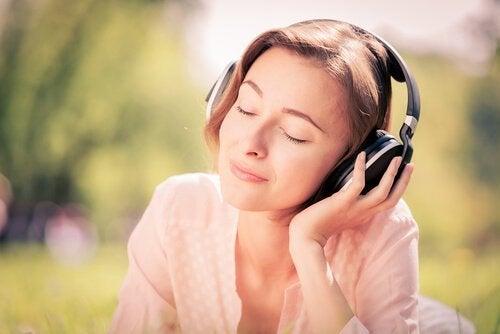 Seitsemän musiikkikappaletta, jotka vähentävät ahdistusta