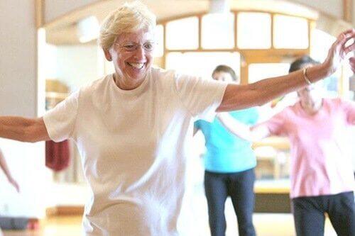 tanssimisen hyödyt vanhemmille ihmisille