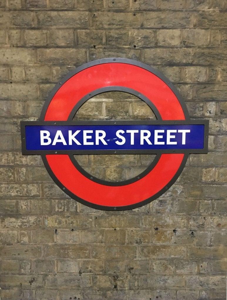 ajattelemaan kuin Sherlock Holmes: Baker Street