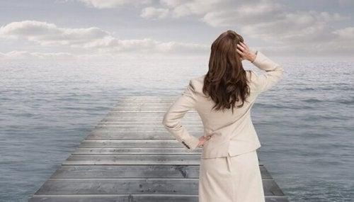 Huonon päivän parantaminen: hämmentynyt nainen