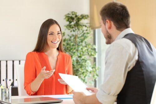 Ansioluettelon tekeminen: haastattelu