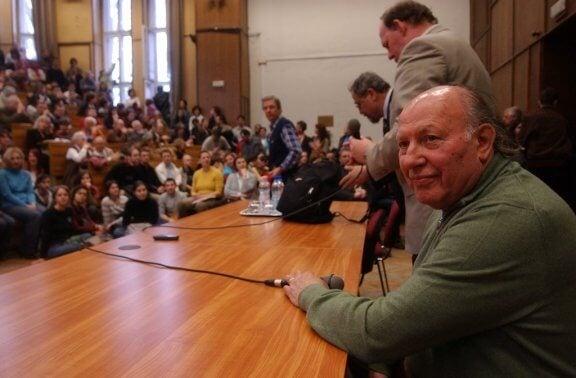 Imre Kertész konferenssissa
