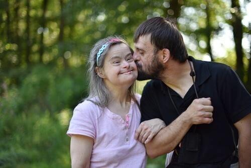Älyllinen vajavaisuus: isä ja tytär