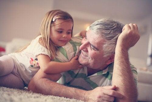 Isovanhemmat ovat aarre, joka on meille kaikille hyödyksi