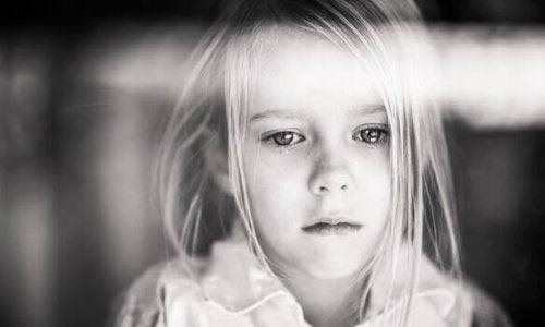lapsi kärsii