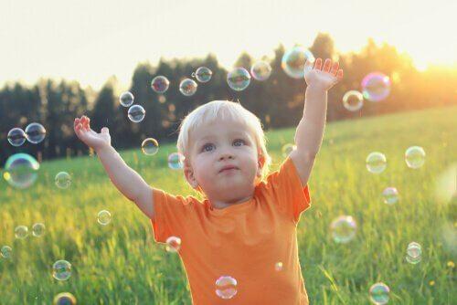 psykologinen behaviorismi: lapsen kehitys