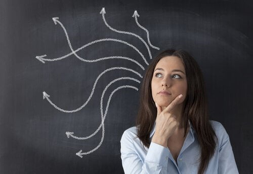 naisen ajatukset harhailevat
