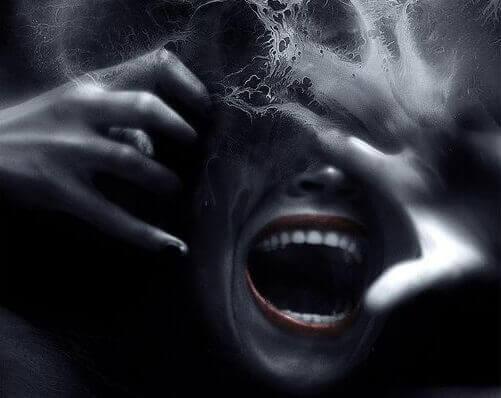 Synkkä kolmikko: narsismi, häikäilemättömyys ja psykopatia