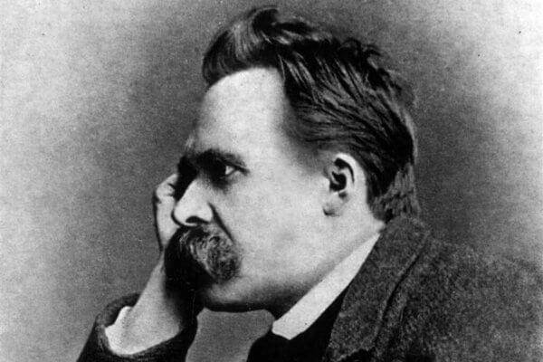 filosofiset teoriat: Nietsche